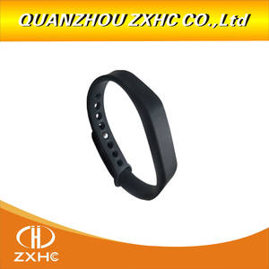 New Adjustable TK4100 125khz Silicone Waterproof RFID Wristband Bracel ID Tags