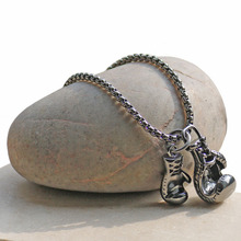 Men Gym Pendant Necklace Stainless Steel Chain Punk Boxing Glove Power Necklace Charm Sport Fitness Men Jewelry Accessories 2017