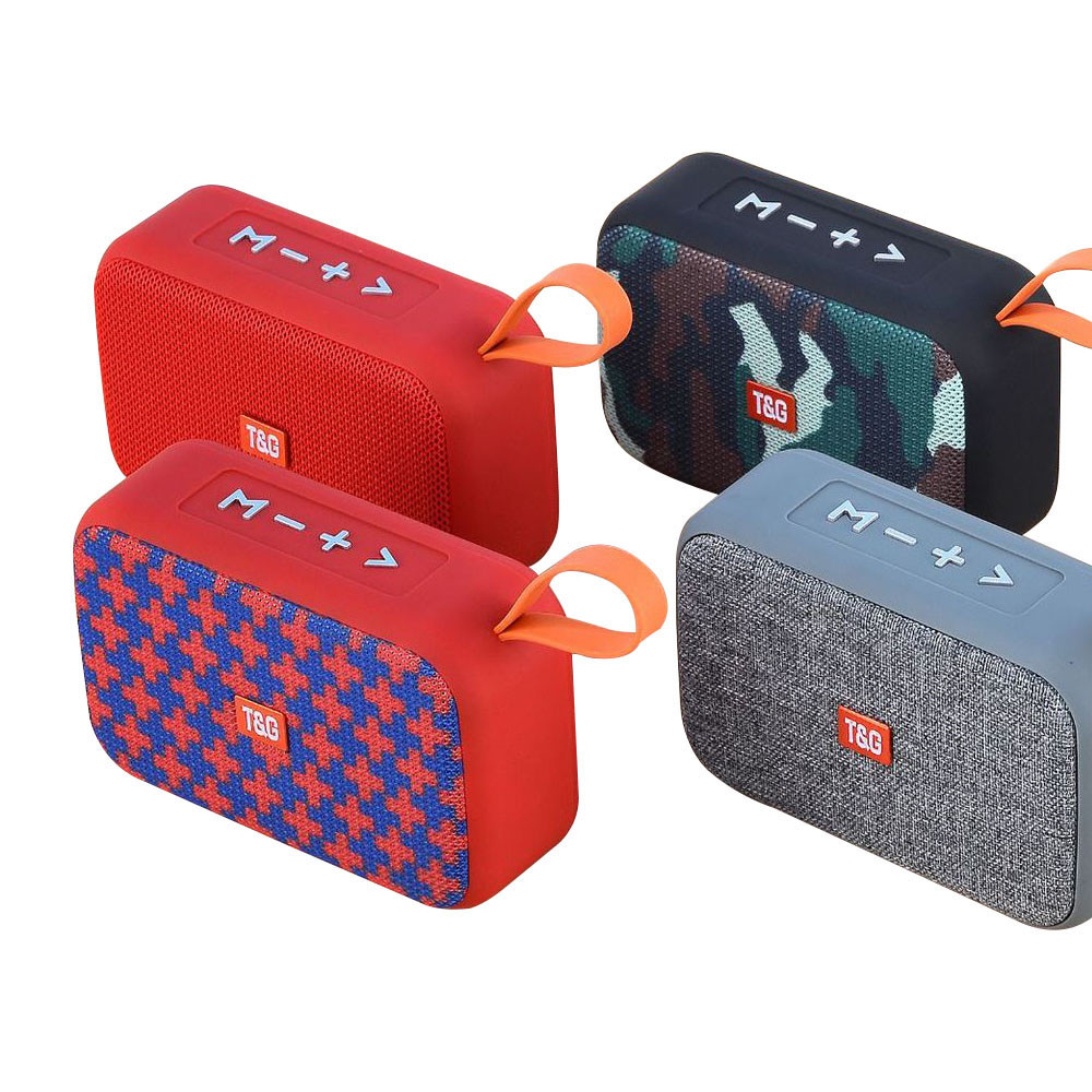 506 Wireless Bluetooth Outdoor Portable Small Card Multi-Function Audio Grass Dam Speaker Stereo Mini Speaker