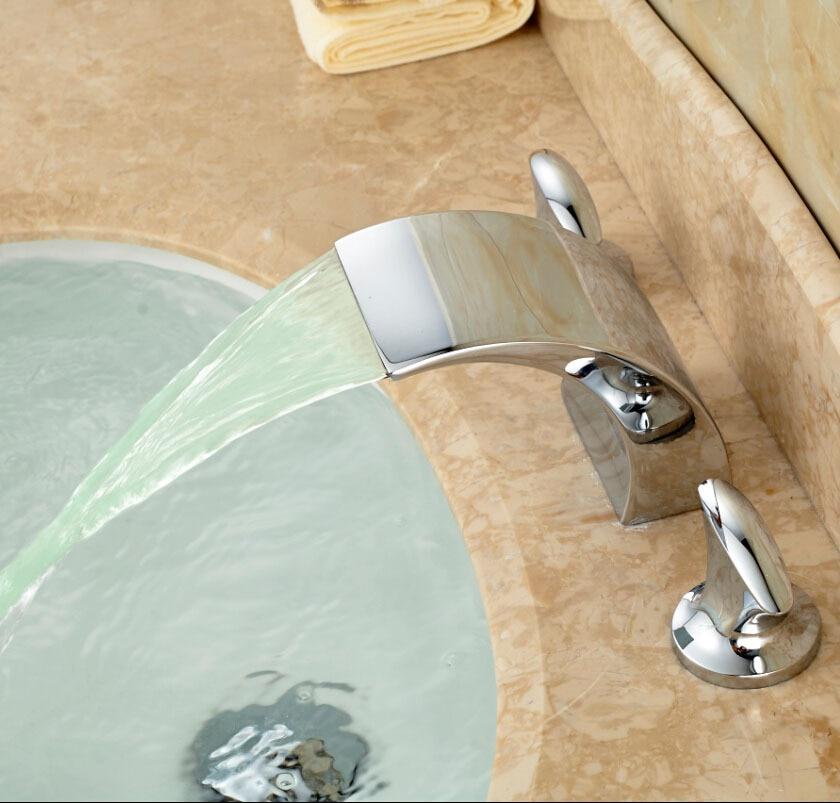 ФОТО Brand New LED Light Waterfall Basin Faucet Dual Handles Brass Bathroom Water Mixer Taps Deck Mount 3 Holes