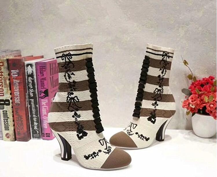 Hot Women Boots Round Toe Short Booties Gingham Sock Boots Flower Embellished Mid-Calf Boots Med Heel Front Lace Up Decor Woman
