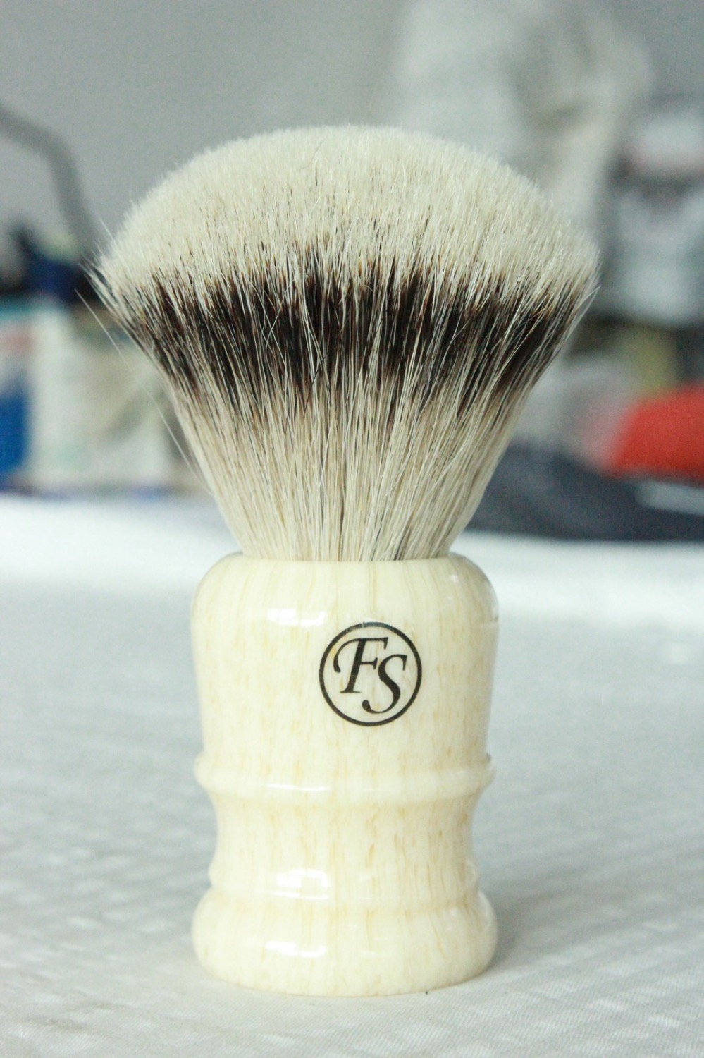 Promotion: FS-24mm 100% FLAT Top Silvertip Badger Shaving Brush With Faux Ivory Handle+FREE STAND+FREE SHIPPING