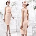 Mais recente projeto Champagne mãe da noiva vestido na altura do joelho Formal vestidos elegantes vestidos de madrinha de madres novia VL13