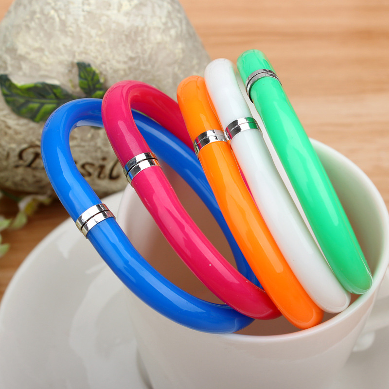 novelty stationery ballpoint pen scalable bracelet pens 2016 hot boligrafos kawaii school office writing ballpen lapiceros H008