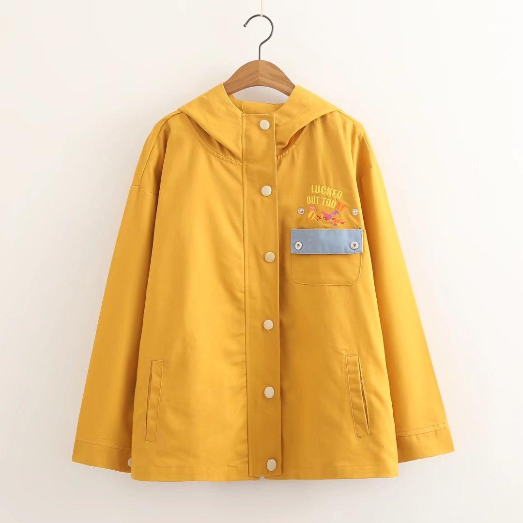 Японский Новинка; для женщин весенние милые Колледж Вышивка буквы куртка с капюшоном пальто универсальные свободные Молодежные куртка Топ...