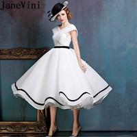 JaneVini 2018 Vintage Lace White Long Bridesmaid Dresses A Line V Neck Backless Ruffles Tea Length Vestifos Para Dama De Honor