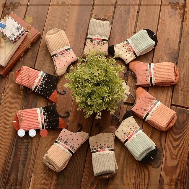free shipping Small fresh jacquard knit multicolor women in tube socks warm cotton socks Japanese Sen female line 2015 winter ne