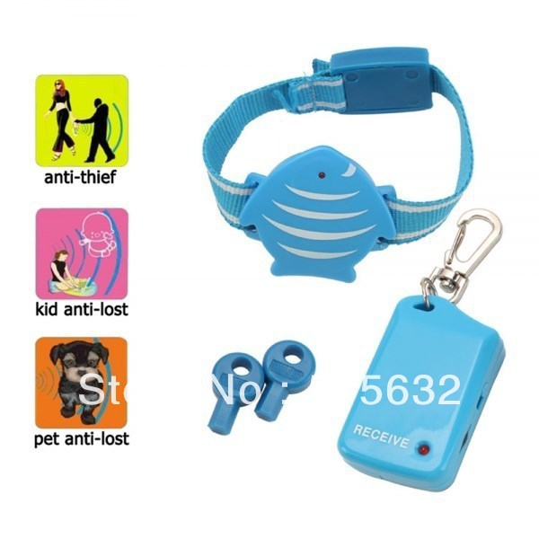 free shipping Wristband for Kids Safety Anti-Lost Alarm Device Blue personal anti lost alarm device for kid pet purse bag cell phone blue black 1 cr2032 2 cr2032