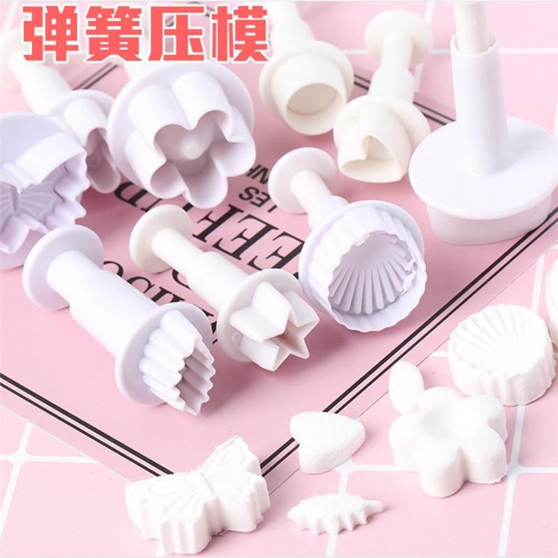 15 Types Sugarcraft Fondant Cutter Plastic Cake Mold DIY Fondant Cake Decorating Tools Plunger Paste Sugar Craft Die