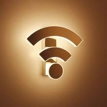 Забавный Wi-Fi Логотип Форма акриловый настенный светильник светодиодный комнатные настенные лампы светодиодный настенный Бра Лампа для спальни гостиная лестница
