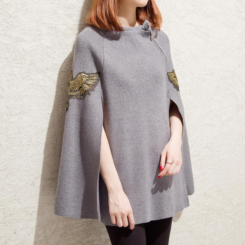 2017new Autumn Winter Fashion women Ponchos and Capes Loose Pullovers Embroidery Knitted Sweater Christmas Coat s1144