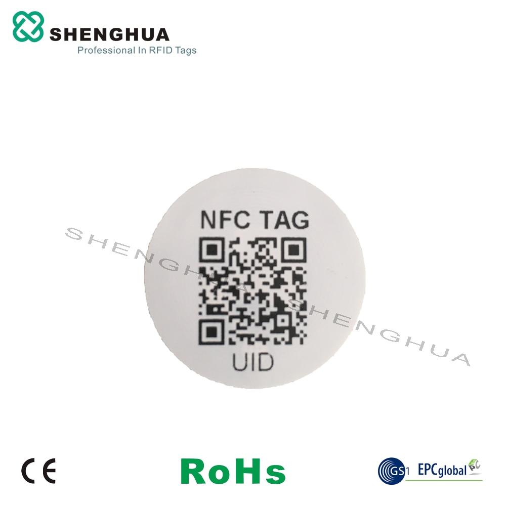 Étiquettes autocollantes rondes 2000 mhz RFID   Étiquette NFC, incrustation humide N tag213, avec code QR URL, impression UID, pour commande de téléphone, 13.56 pièces