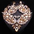 2017 Mulheres Colar Brinco Banhado A Ouro Set Jóias Colar Swan Elements Bijoux Rosa Vestido de Baile De Casamento De Cristal Acessórios de Presente