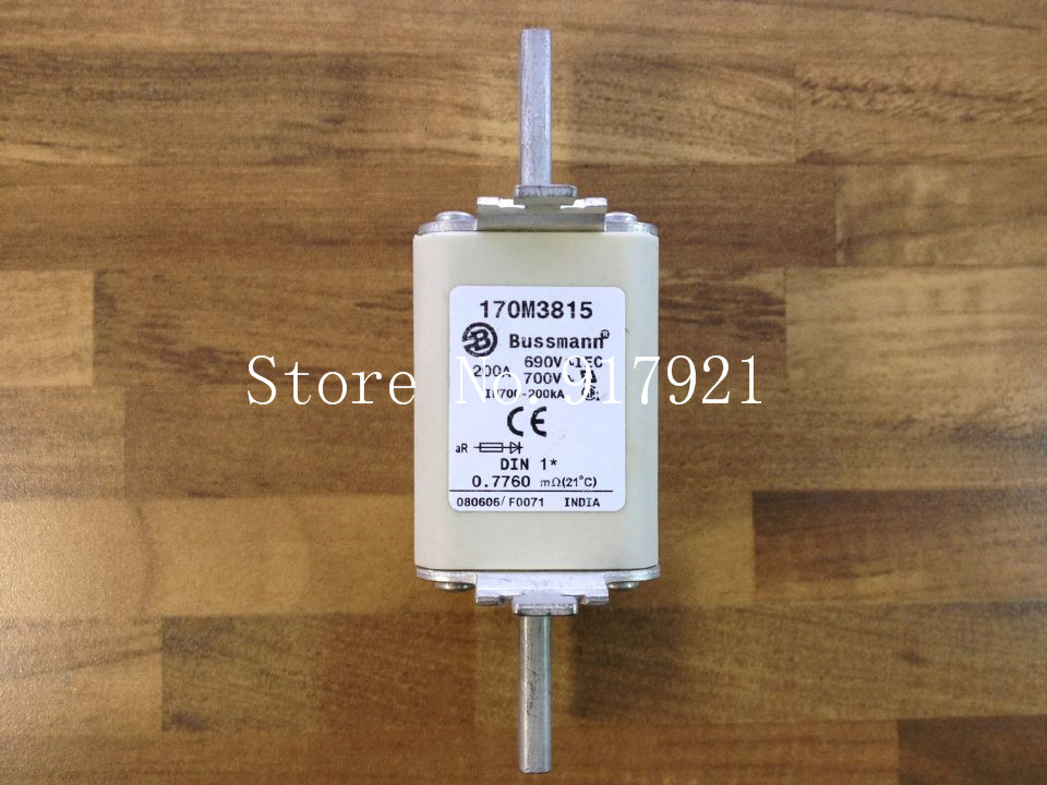 цена на [ZOB] The United States Bussmann 170M3815 200A 690V fuse original authentic