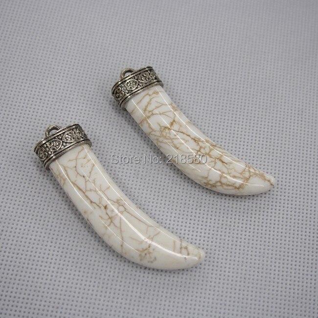 C05nj2016 Белый Howlite камень Рог кулон бивень очарование с старинное серебро Кепки около 55 мм