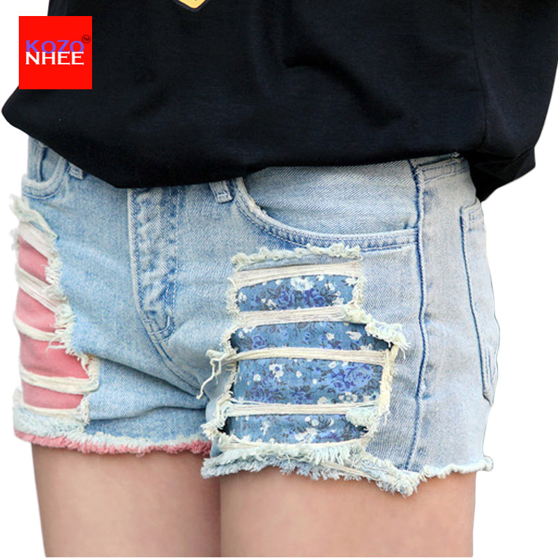 Sexy Ripped Denim Shorts For Women Steel Pipe Nightclubs Hot Torn Low-waist Denim Shorts stylish denim ripped shorts for women