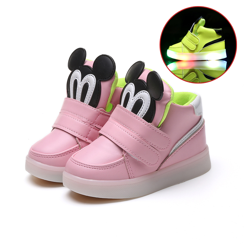 c92fd1c30f34f Children Shoes With Light Led Boys Sneakers 2017 New Spring Cartoon Lighted  Sport Fashion Girls Shoes Chaussure Led Enfant