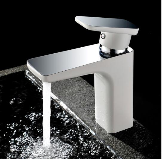 New arrival high quality brief basin faucet cold and hot single lever bathroom sink faucet water tap with 50 cm plumbing hose