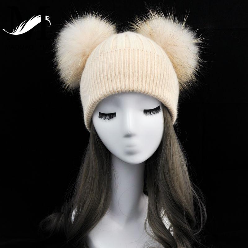 Mulheres Winter Fashion Fur Pompom Chapéu para Meninas Crochet Gorro de  Malha de Lã Chapéus para Adultos Duplo Dois Pompom Chapéu De Pele em  Skullies ... 72d7bca6cc8