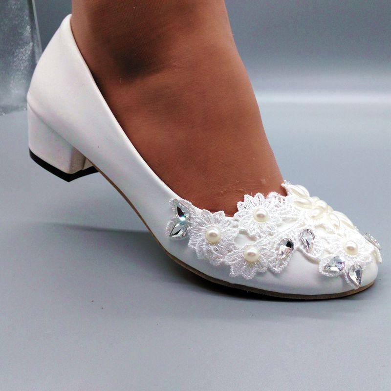Woman block low heel wedding shoes bride handmade flower lace crystal rhinestone pearls brides wedding pumps
