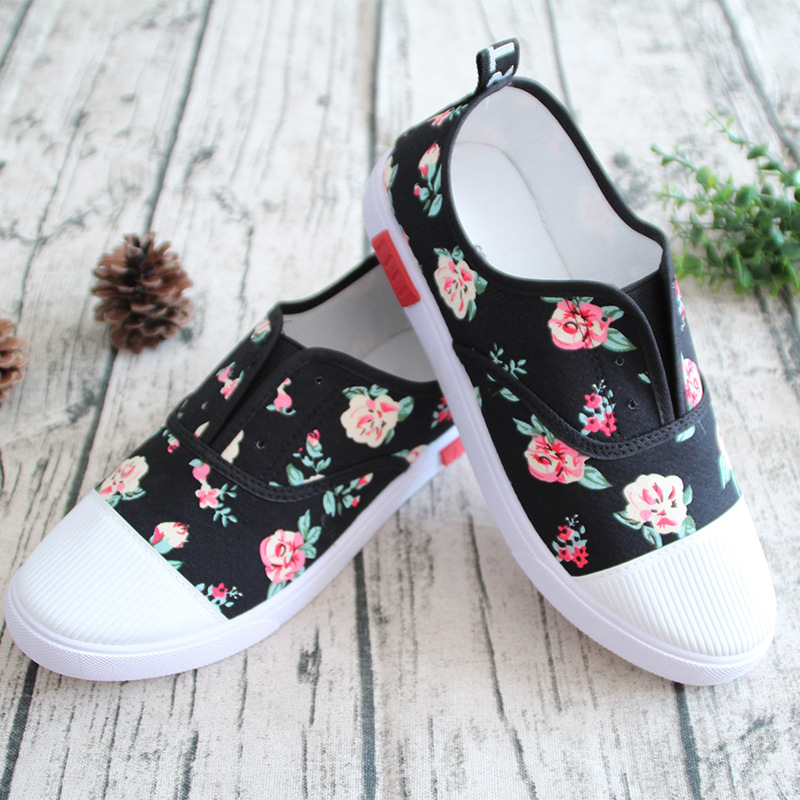 2017 Summer women casual shoes canvas rubber Cotton Fabric Slip-on Soft Floral Breathable Flat Platform Comfortable 35-40 YC88 summer women shoes casual cutouts lace canvas shoes hollow floral breathable platform flat shoe sapato feminino lace sandals