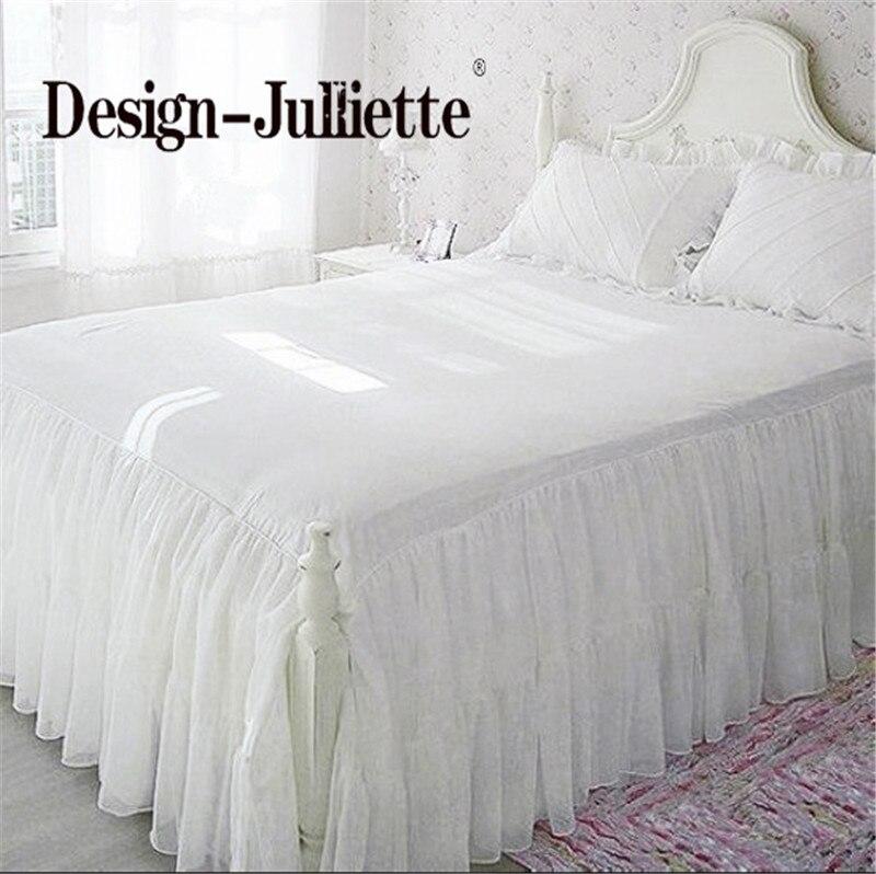 Jupe de lit blanc