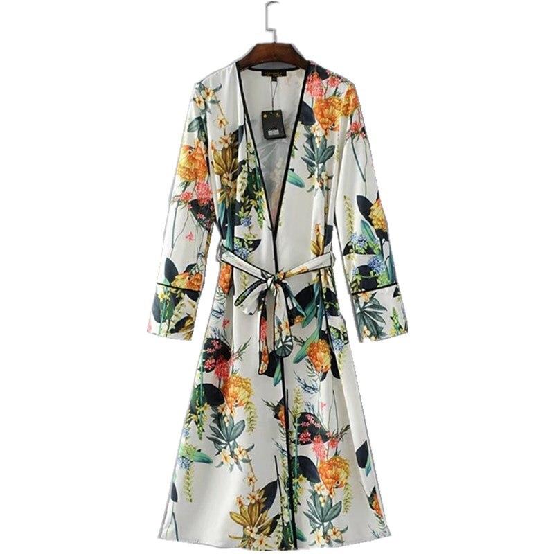 2017 New autumn Floral Blouses Shirt Long Kimono Women Lace Up Kimono Cardigan Elegent Long Sleeve Autumn Blouse Blusas