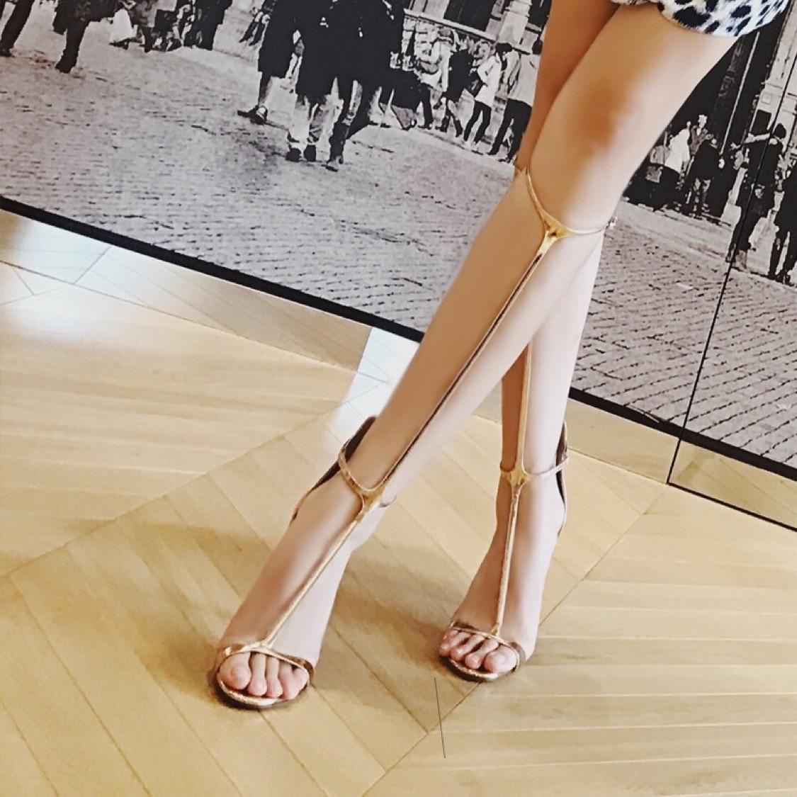 Mode Sexy bout ouvert Rome Style chaussures femmes sandales en couleur unie grande taille 42,43, 44,45 Super haut talon été femme chaussure