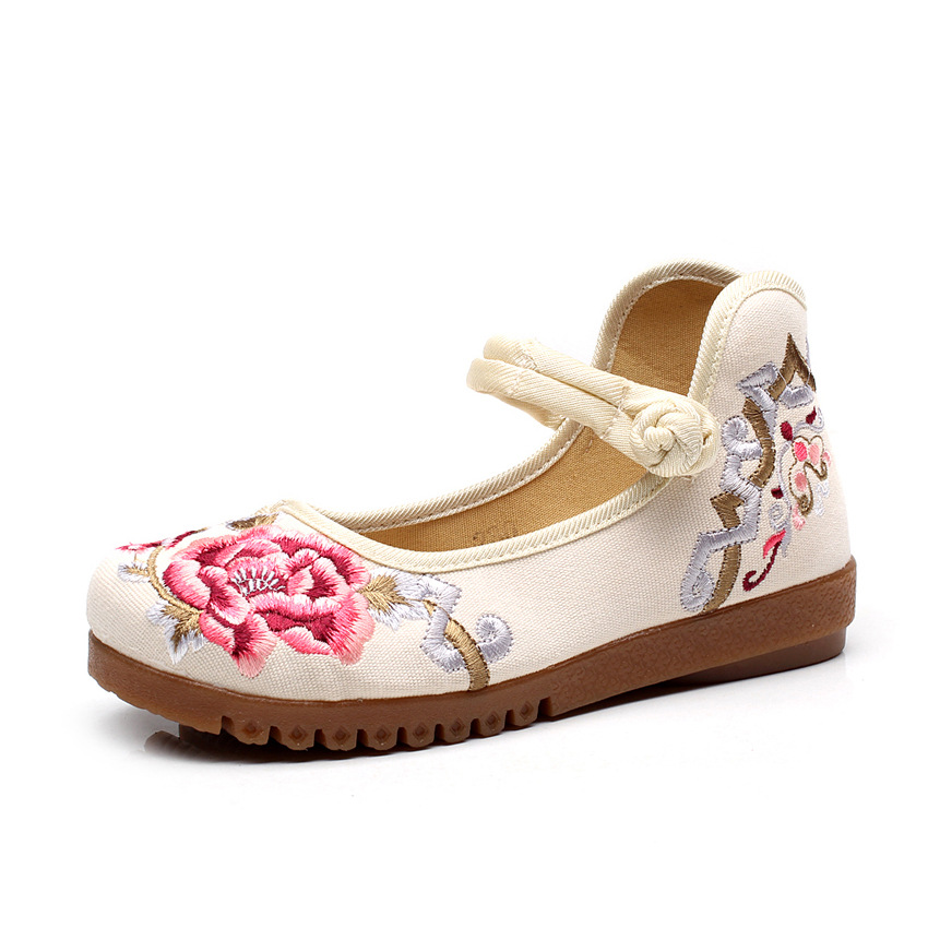 Chaussure Femme Vintage Floral Embroidery Shoes Woman Chinese Loafers Zapatos Mujer Sapato Feminino Women Anckel strip Flats a three dimensional embroidery of flowers trees and fruits chinese embroidery handmade art design book