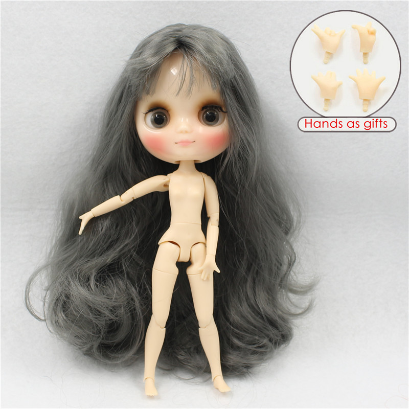 Middie Blythe Doll Grey Hair Jointed Body 20cm 1
