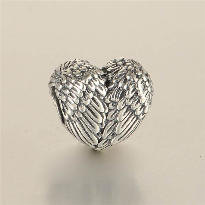 Us 12 99 22 Off New Angelic Feathers Heart Charms Vintage Angel Wing Charm 925 Sterling Silver Suitable For Pandora Style Bracelets In Beads