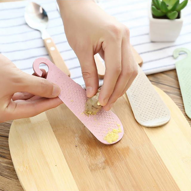 Multi functional ginger garlic grinding grater planer slicer cutter cooking tool kitchen accessories utensils wheat straw