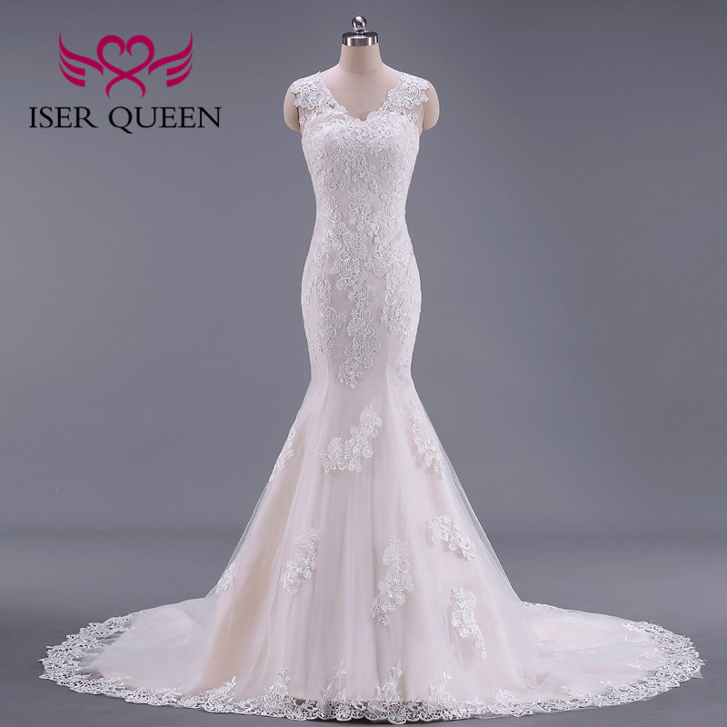 Quality Embroidery Pretty Lace Vintage Wedding Dresses Sleeveless Champagne Color Trumpet Button 2019 Vogue Wedding Gown W0024