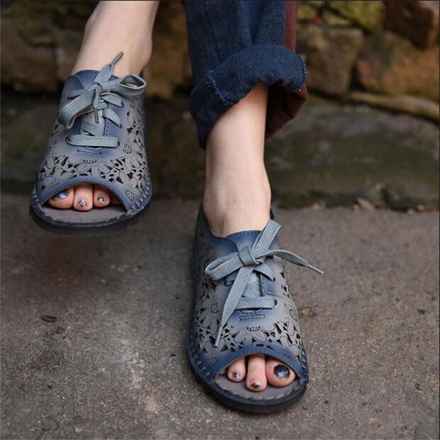 2017 primavera de couro genuíno das mulheres sandálias entalhe da flor do dedo do pé aberto sapatos de laço do vintage sapatos confortáveis e macios sandálias 3636-37