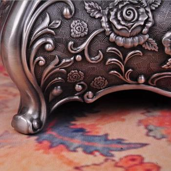 Size XL Fashion Jewelry Box Zinc alloy Metal Trinket Case Vintage Flower Carved Design Jewellery