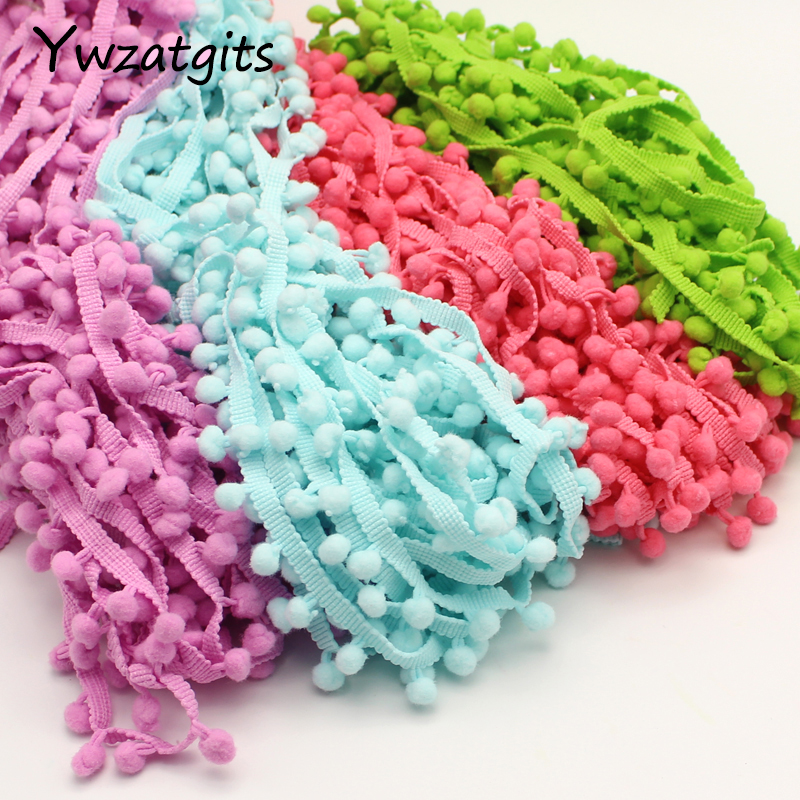 Detail Feedback Questions about ywzatgits 2yards lot 10mm Pom Pom Trim Ball  Fringe Ribbon DIY Sewing Accessory Lace 17011021(10D2y) on Aliexpress.com  ... 295519cd390c
