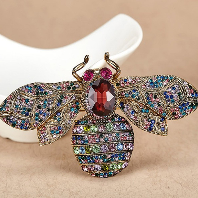 12pcs lot Big Size vintage Bee Brooches For Women Party Gifts Colorful Rhinestone  Pin Brooch 37171543b6c9