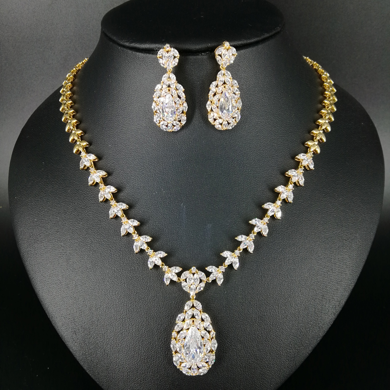 2018 NEW FASHION elegant crystal zircon white gold/pure gold color necklace earrings set wedding bride banquet dinner jewelry orange morganite stylish jewelry set for women white zircon gold color rings earrings necklace pendant bracelets