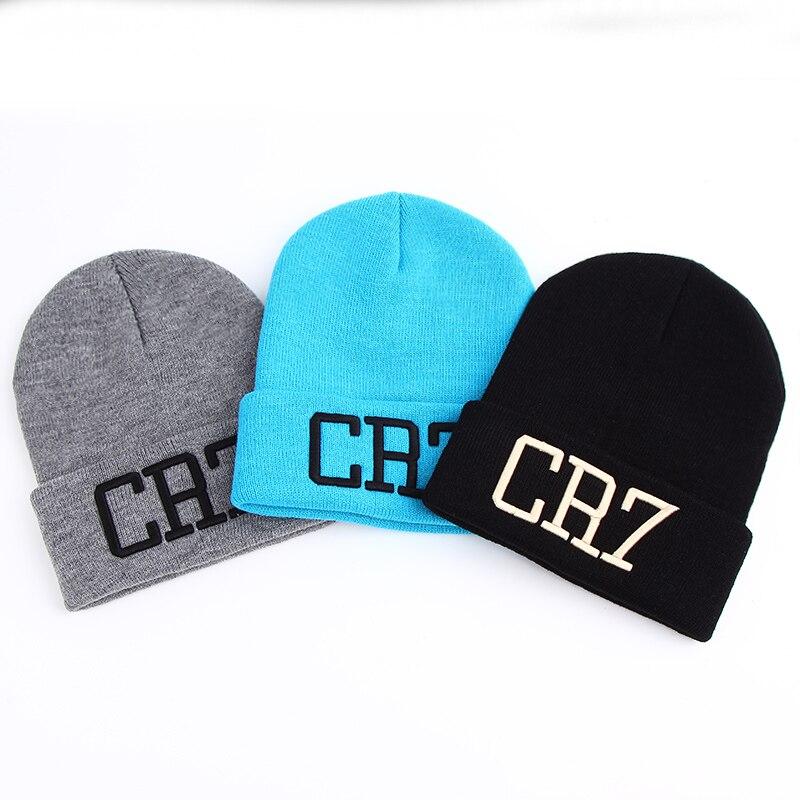 c53ca6edf11 2017 New Men Women CR7 Embroidered Knit Hat Winter Hats Skullies   Beanies  Cristiano Ronaldo Winter Warm Hat