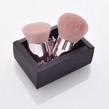 Blush Brush Nylon Bristles Plastic Brush Handle Face Foundat