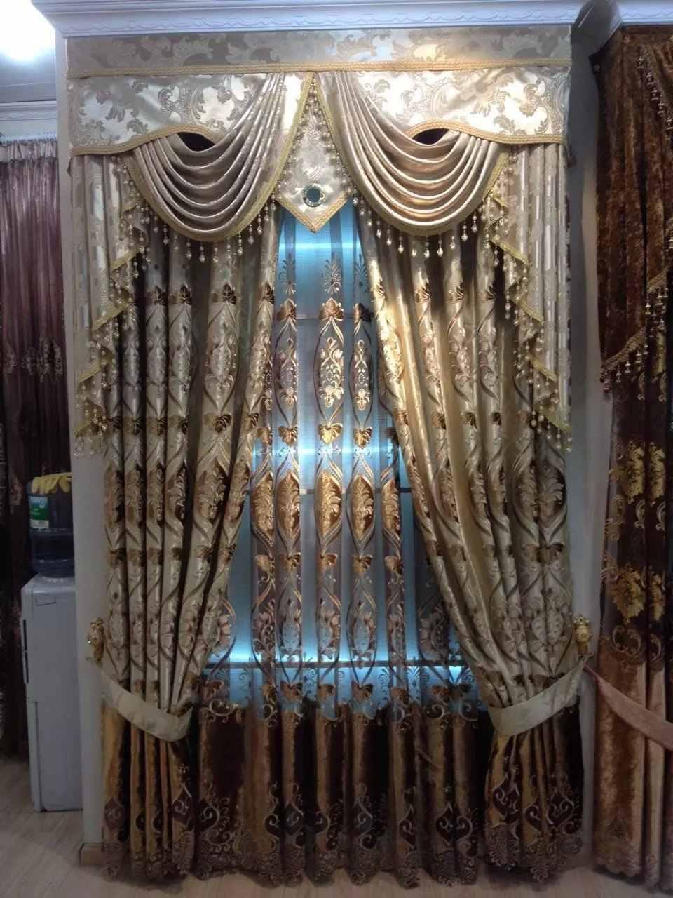rideau magnetique de luxe de dubai pour salon porte d hotel broderie doree avec des perles de cristal temps anciens