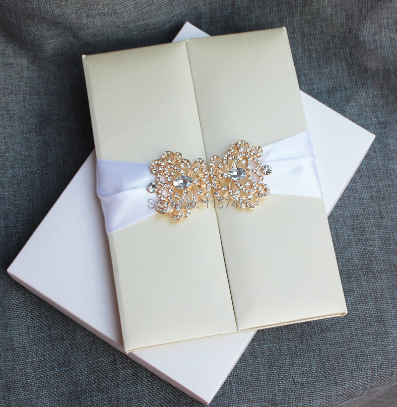 HI2011   Customized Elegant Beige Silk Folio Wedding Invitation Card With  Rose Gold