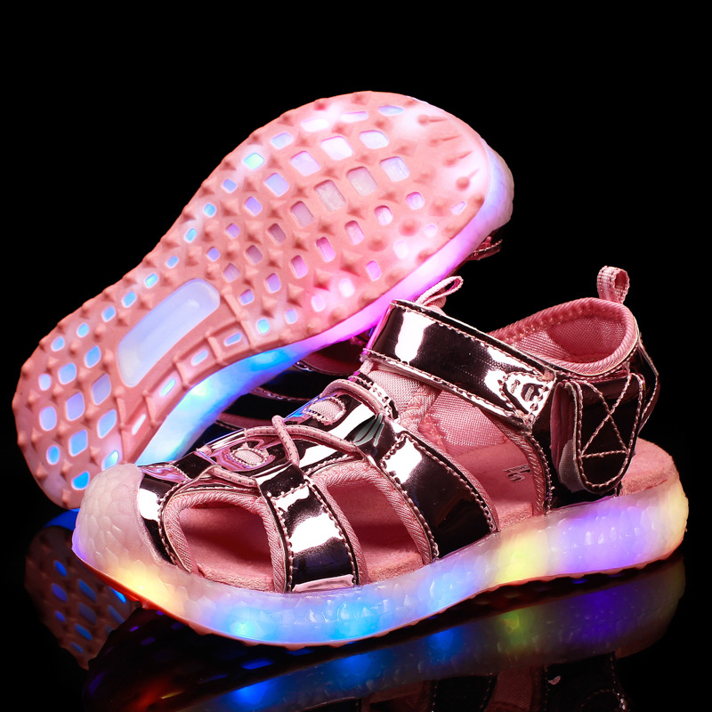 2018 Summer Childrens Beach Sandals USB Charging Colorful Led light Shoes for Boys and Girls chaussures enfants pour les filles