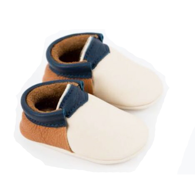 2018NEW Genuine Leather Baby Moccasins Gold Tassel White Shoes Baby Moccasins Fringe First Walker Newborn Shoes Baby Schoenen