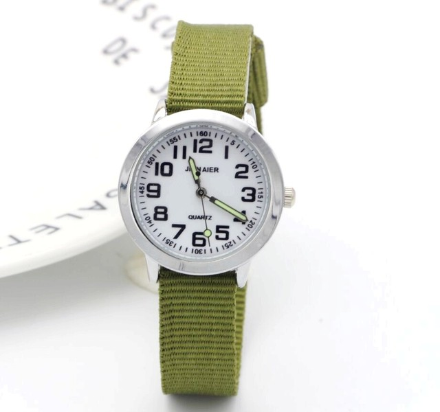Design semplice ragazzi e ragazze imparano a tempo numero quarzo i bambini della vigilanza mani luminose tutor di nylon sport regalo Dibujos de reloj