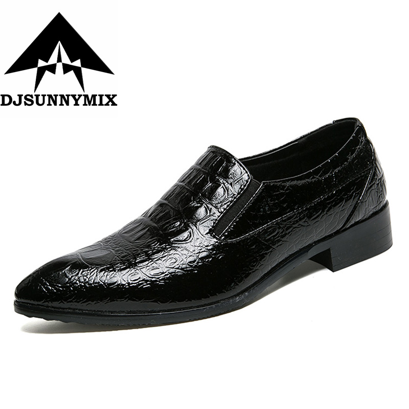 DJSUNNYMIX  New Crocodile Style Men Business Dress Shoes Leather Breathable Oxford Shoes Fashion Pointed Toe Men Flats Wedding hot sale italian style men s flats shoes luxury brand business dress crocodile embossed genuine leather wedding oxford shoes