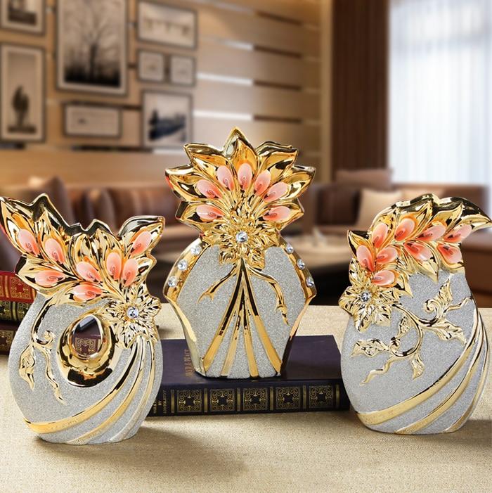 Jingdezhen ceramic decorative floral flower vase Home Furnishing European gold ornaments crafts frosted TV cabinet