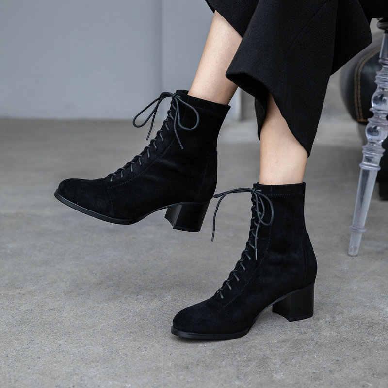TXCNMB 2019 Botas Mulheres Vaca Suede Ankle Boots de Inverno para As Mulheres Sapatos de Salto Quadrado De Couro Preto Mulher Ata Acima