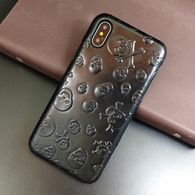Solque Genuine Leather Case For iPhone X XS Max XR Cell Phone Luxury Leather Skull Thin Hard Cover for iPhone 7 8 6 Plus SE 5S 5