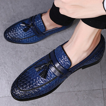 Large size 38-48 tassel plaid men loafers weaving comfortable soft mens leather
